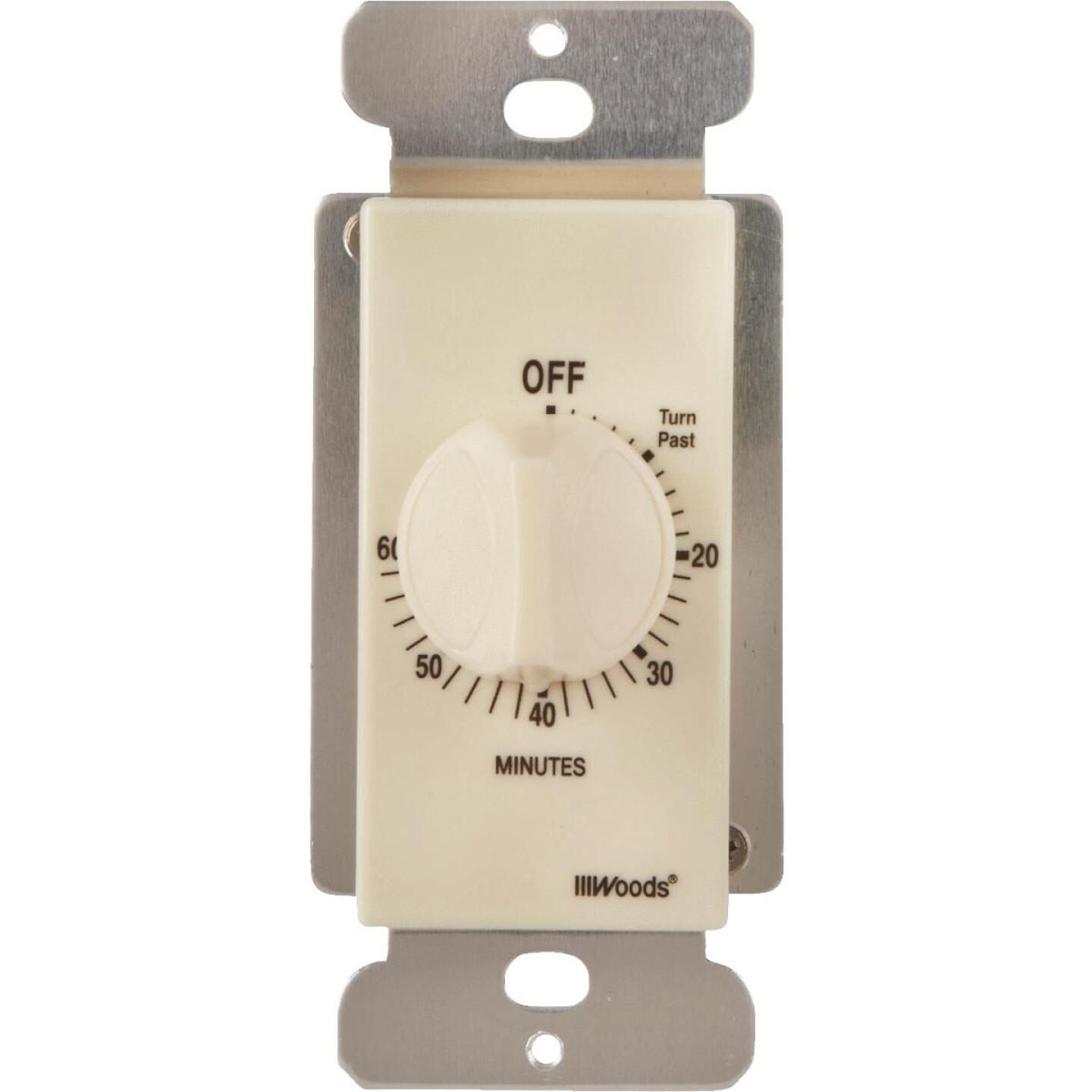 Woods 125V Light Almond Spring Wound Timer Image 3